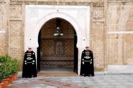 الهادي دبيش: هناك إدارة موازية في رئاسة الحكومة