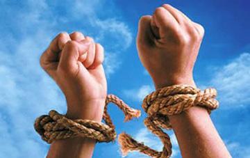 الحرية تختار قرابينها..