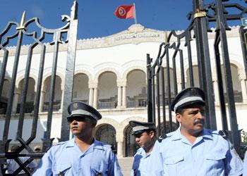 المحكمة الابتدائية بتونس: إخراج قاضي التحقيق وسط حالة من الاحتقان