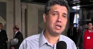 العمدوني يقدم للقضاء وثائق ومعلومات مهمة في قضية اغتيال الشهيدين بلعيد والبراهمي
