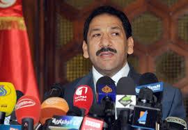 الداخلية تتابع عن كثب خبر فرار كمال زروق إلى ليبيا