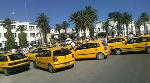 أمام وزارة النقل: سائقو التاكسي يحتجّون على قرار تجميد إسناد الرخص