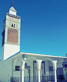 مجاز الباب: الأهالي يحتجّون على إمامة نهضاوي لمسجدين بالجهة
