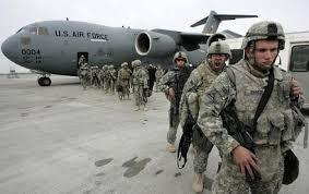 لوس انجلس تايمز: 50 عنصرا من الوحدات الأمريكية الخاصة تم إنزالهم في قاعدة عسكريّة بالشمال الغربي