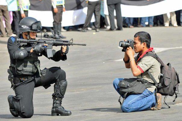أمام وزارة الداخلية : الصّحفيون يحتجّون على الاعتداءات الأمنية التي تستهدفهم