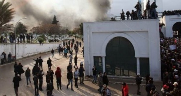 الإفراج عن 10 متهمين في أحداث الجلاز أثناء موكب دفن الشهيد بلعيد