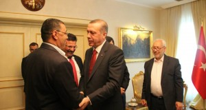 """الغنوشي في تركيا: زيارة دبلوماسيّة أم مساعي لإنقاذ """"التنظيم""""؟"""