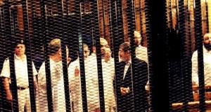 مصر: مرسي و35 إخوانيا يواجهون تهم إفشاء أسرار الدولة والتنسيق مع تنظيمات جهادية