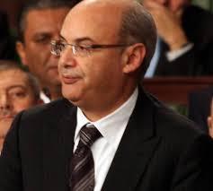 وزير الاقتصاد والمالية: لن يتم الترفيع في أسعار المواد الأساسية