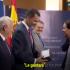 """هديّة طريفة من زعيم """"بوديموس"""" لملك إسبانيا"""