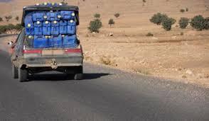 إيقاف 16 مهربا بين تونسيين وليبيين بالمنطقة العسكرية العازلة