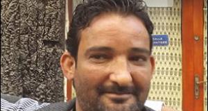 """خالد الهدّاجي: """"هنا باقون ما بقي الزّعتر والزّيتون"""""""