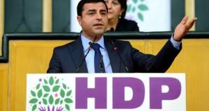 """زعيم """"حزب الشعوب الديمقراطي"""" التركي ينجو من محاولة اغتيال"""