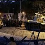 الجيش التركي يعلن تولّيه السلطة ويحتجز رئيس الأركان