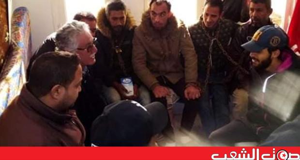 حمّه الهمامي في زيارة لمعتصمي دوار هيشر
